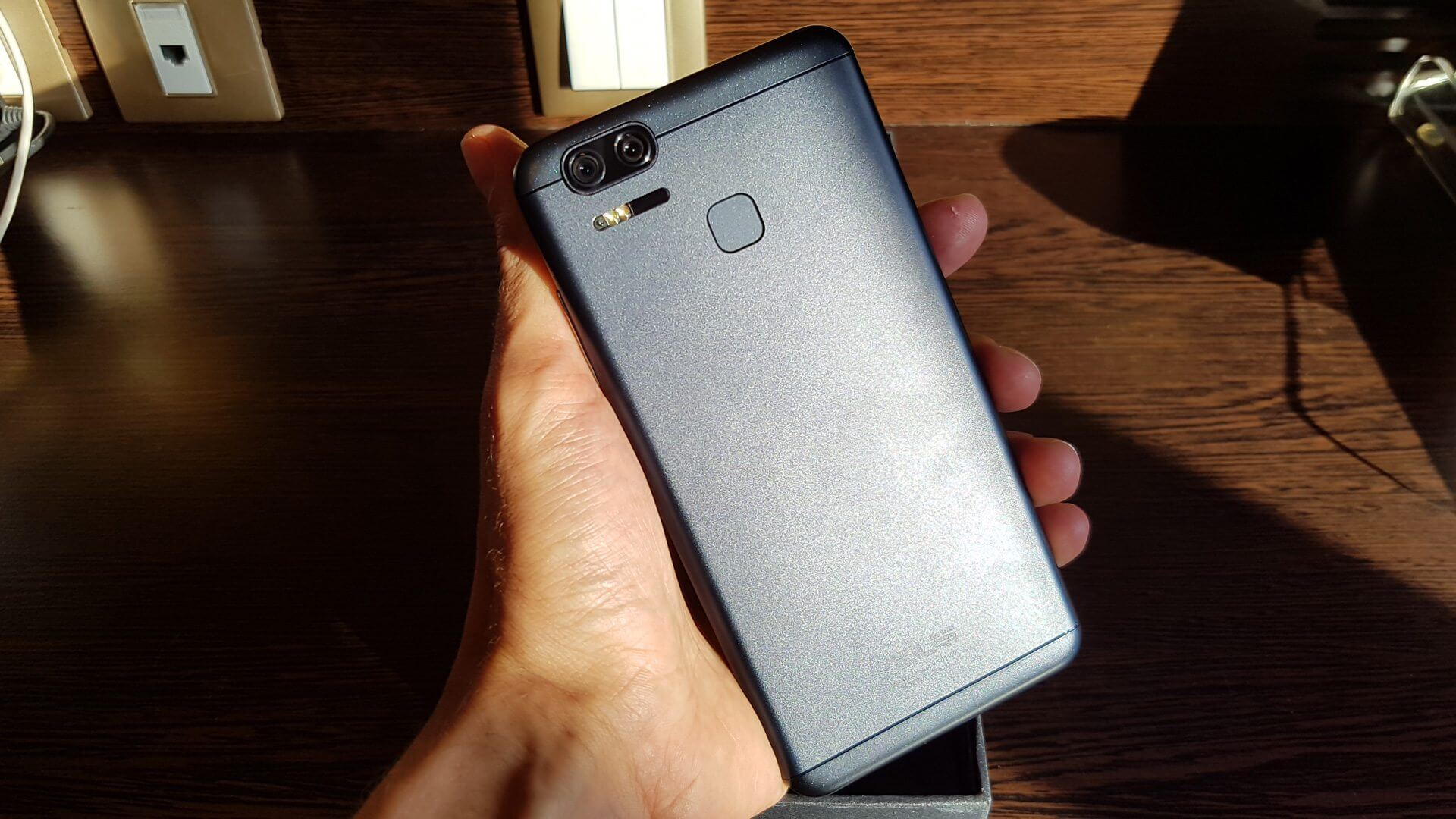 Layout ZenFone 3 ZOOM