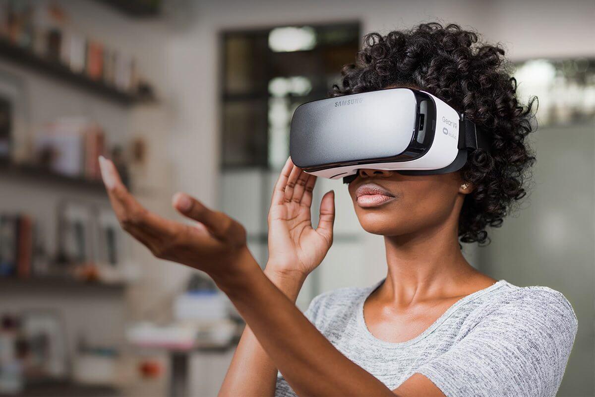 Ao infinito e além: a aposta da Samsung em Realidade Virtual