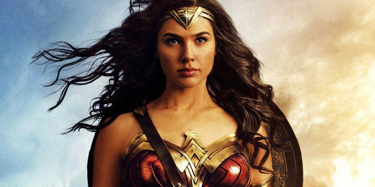 Gal gadot como mulher maravilha na versão de 2017.