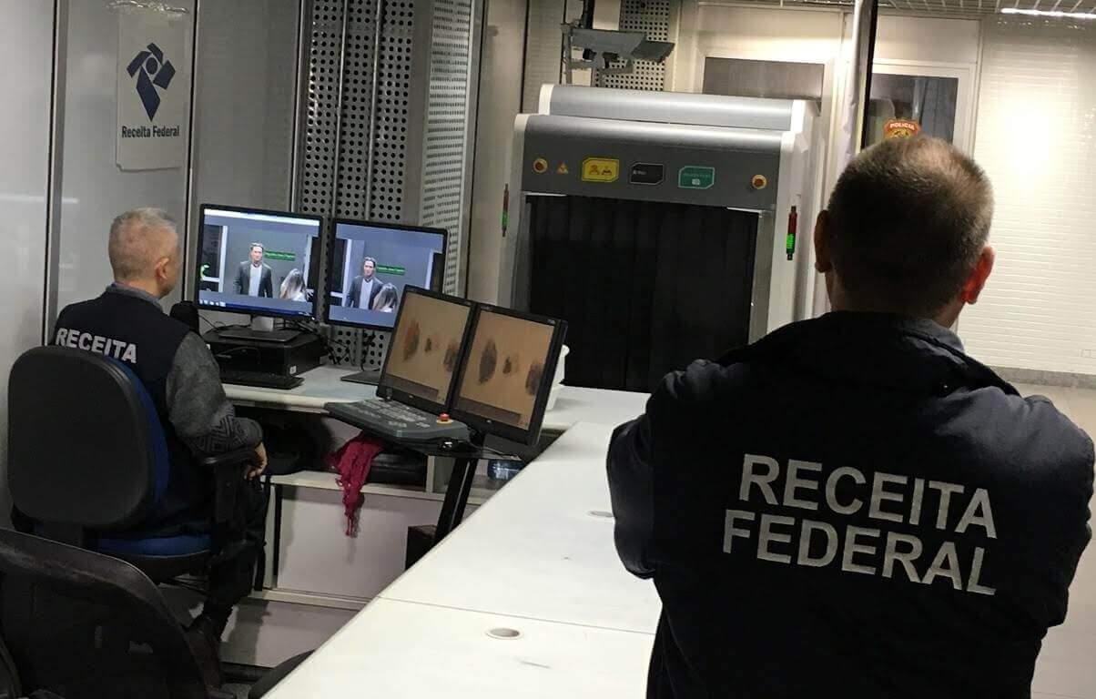 Eletrônicos pessoais não podem ser retidos em viagens, diz TRF-1