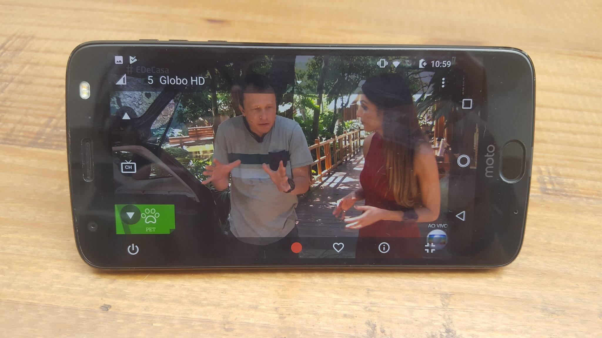 Power Pack e TV digital: conheça o mais novo Moto Snap
