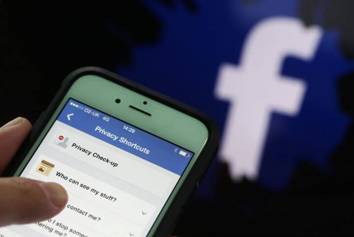 gettyimages 473860648 1 720x482 - Facebook pode perder mais de US$ 2 trilhões no caso Cambridge Analytica