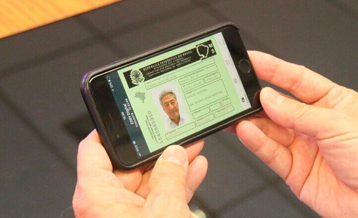 Aprenda como cadastrar a CNH digital e utilizá-la